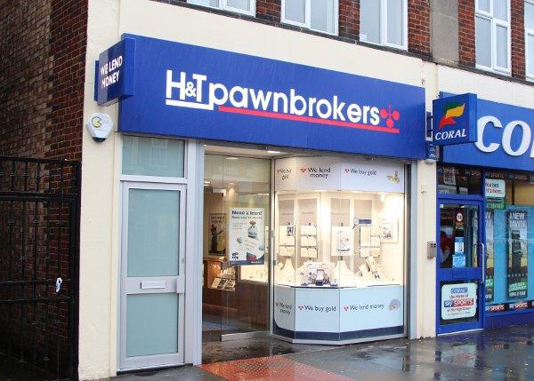 H&T Pawnbrokers on Central Road