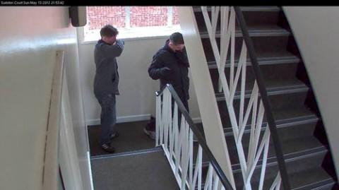 Police hunt three men over flat burglary