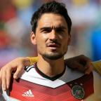 Kingston Guardian: Mats Hummels has denied making a promise to join Manchester United