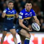 Kingston Guardian: Kevin Sinfield will switch codes at the end of the season